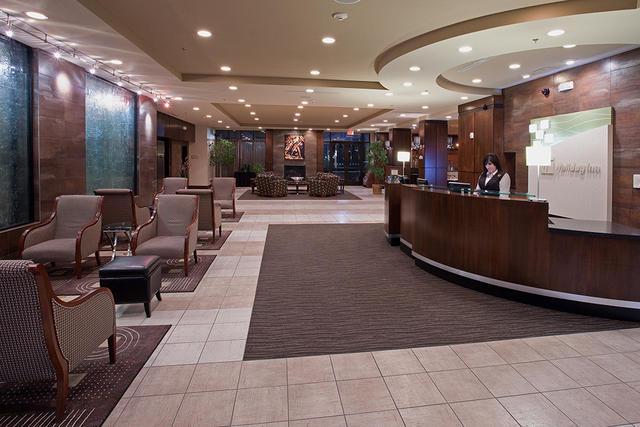3slcff-hiis-saltlakecity-airport-west-lobby-preview